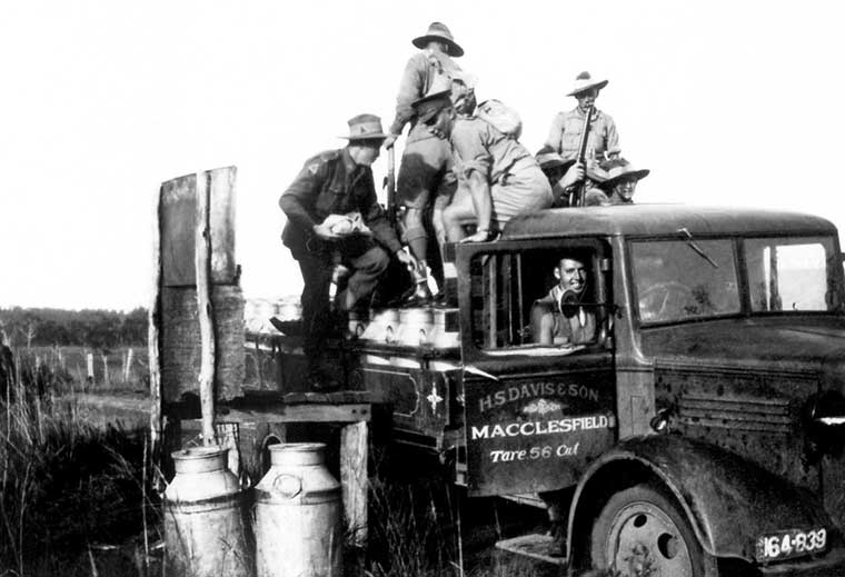 HS Davis Truck with soldiers 1942