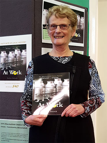 Lesley Schack, author